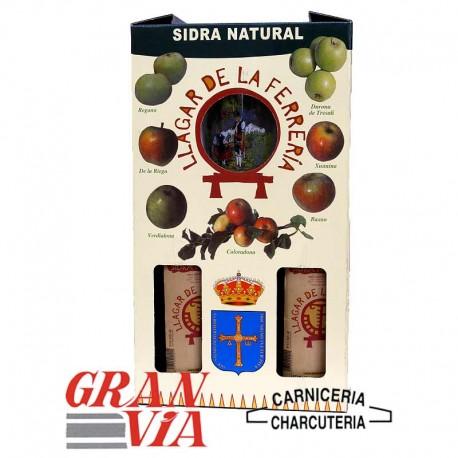 Caja de 2 botellas de sidra natural asturiana y vaso Llagar de la Ferrería